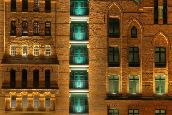 luz fachada