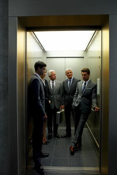 mulher pessoas povo homem escritorio elevador