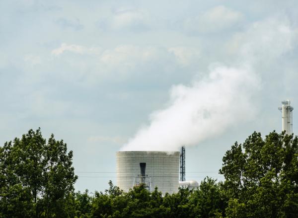 fumaca industria torre de resfriamento poder