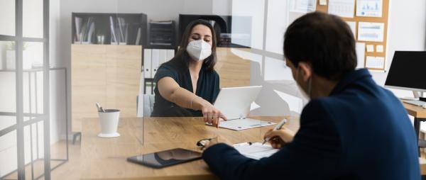 entrevista de emprego de negocios usando