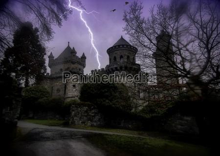 noite escuro tempestade tempestuoso fortaleza arrepiante