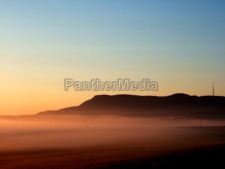 azul campo nevoeiro humor ceu montanha