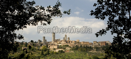 manhattan of tuscany