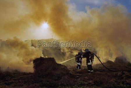 fumaca aridez fogo brigada de incendio