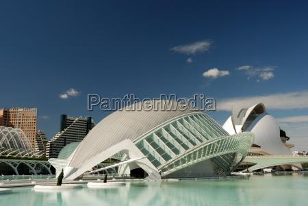 edificios futuristas em valencia