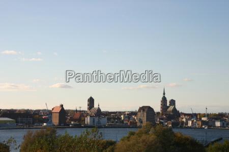 cidade velha porto hansestadt portas sotao
