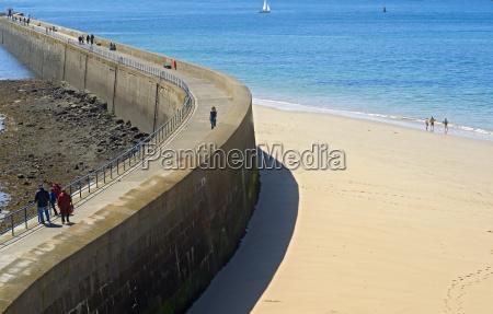 a fortificacao portuaria de saint malo
