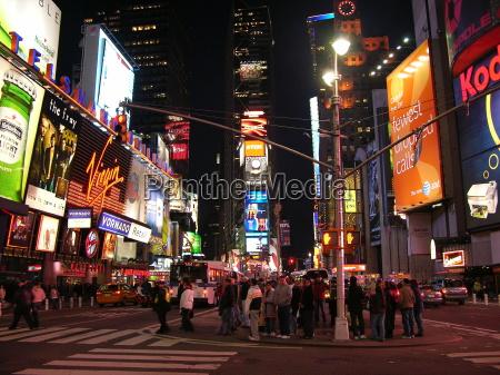noite luzes vezes publicidade