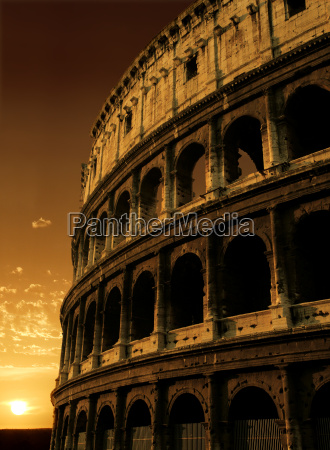 colosseum sunrise