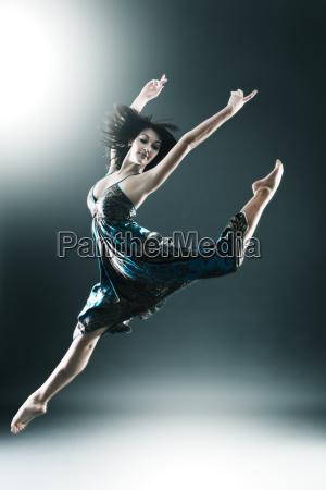 o dancarino moderno estilo a moda