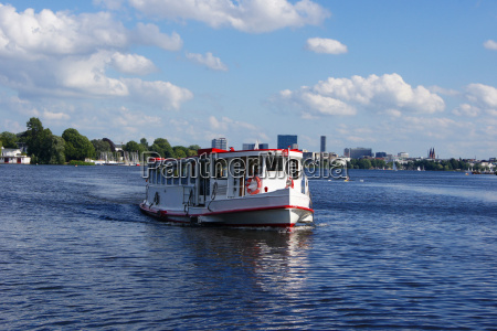 the susebek on the outer alster