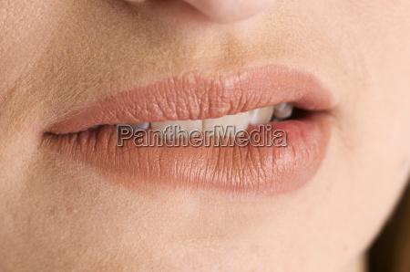lips near