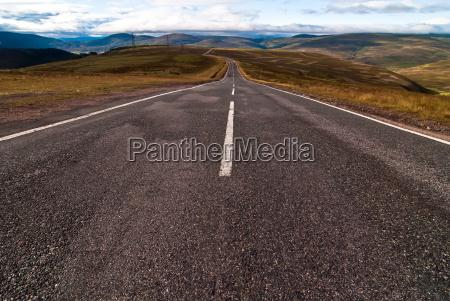 estrada asfaltica leva a extensao v2