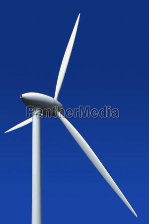turbina de vento de encontro ao
