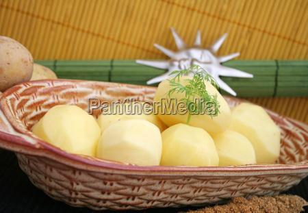 alimento vegetal descascado batatas cozidas batatas