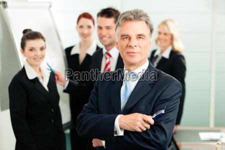 business team in un ufficio