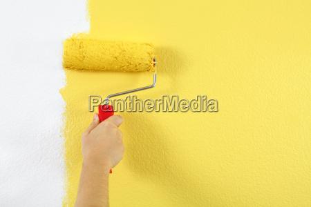 pintando uma parede