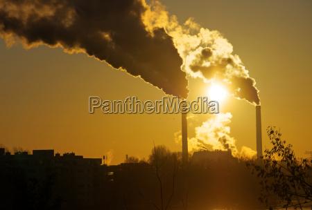 fumaca industria nascer do sol poluicao