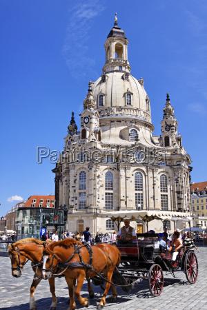 igreja monumento cavalo cavalos alemanha saxonia