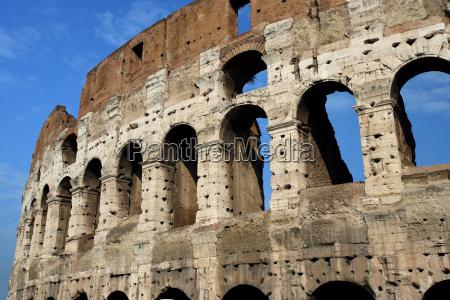 colosseum ruins in rome
