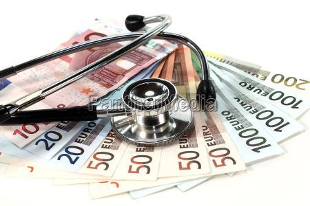 estetoscopio e dinheiro