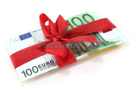 europa laco presente em dinheiro dinheiro