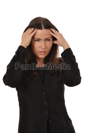 o empregado em um terno preto