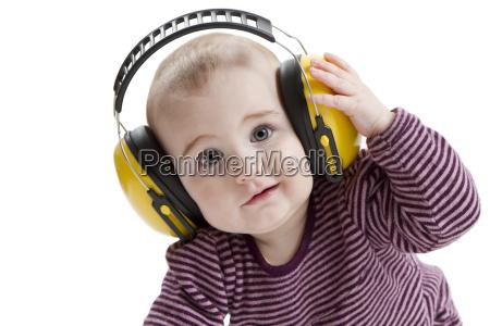 homem pessoa arbeitsschutz proteccao auditiva jovem