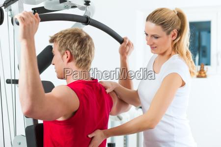 paciente em fisioterapia