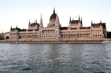 famoso conhecido aguas caucasiano europa vista