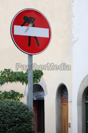 saw sign signal traffic sign myth