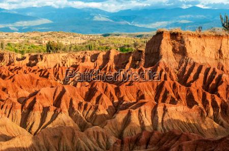 colinas vermelhas do deserto