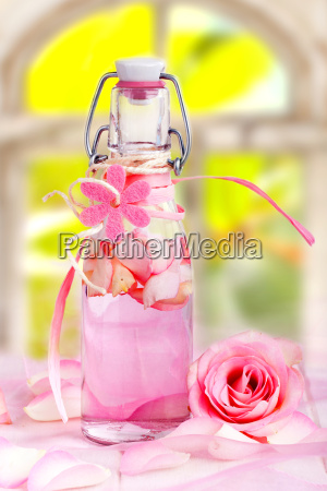 Oleo de rosa para a terapia