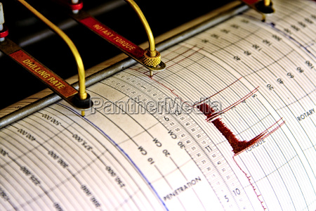 sismografo para a perfuracao