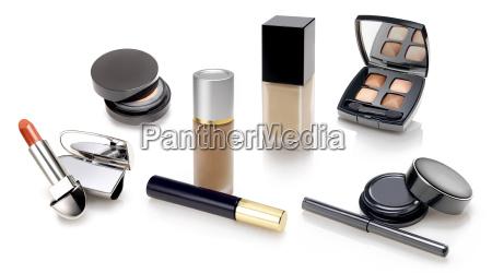 maquiagens e selecao de cosmeticos
