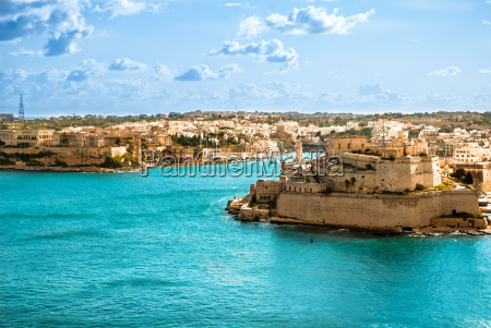 grand harbor valetta capital de malta