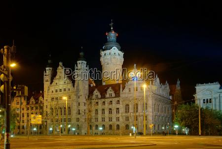 city hall em leipzig na noite