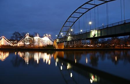 ponte stuttgart circo natal