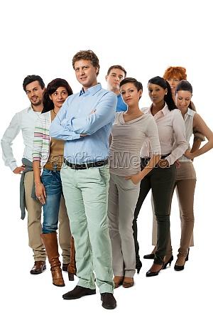 equipe do grupo jovem com pessoas