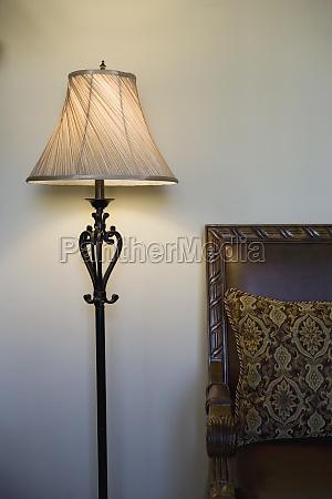 luminaria de piso contemporanea
