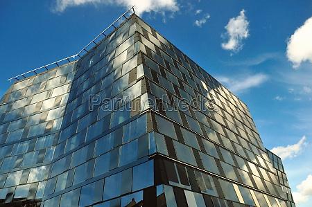 janela reflexao fachada biblioteca universidade universitaetsbibliothek