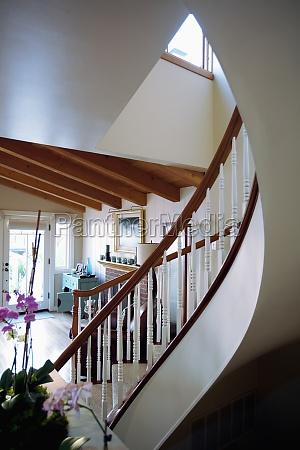 escada casa construcao arquitetonicamente madeira eua