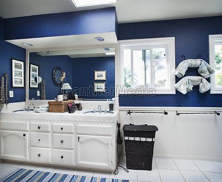 azul oceanicos themed banheiro encinitas california