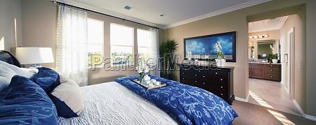 suite master com sotaque azul tustin