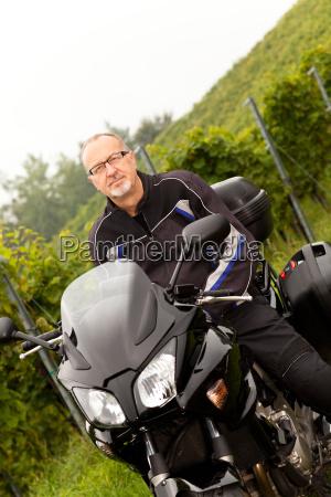 liberdade a caminho aventura motociclista motorista