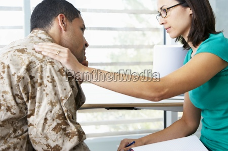 soldado que tem a sessao de