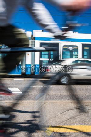 conceito do transporte city pendulares