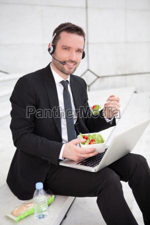 caderno computadores computador risadinha sorrisos alimento