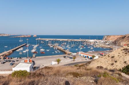 vista do porto velho em sagres