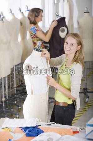 estudante de design de moda que
